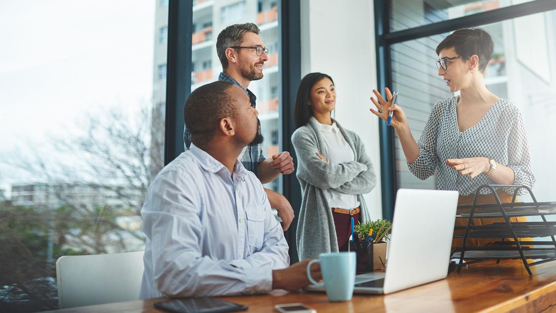 manage-creative-team-istock